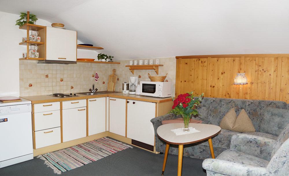 01-Appartement-Wohnraum-&-Küche